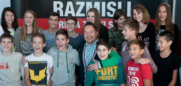 Robert Knjaz i učenici OŠ Kajzerica