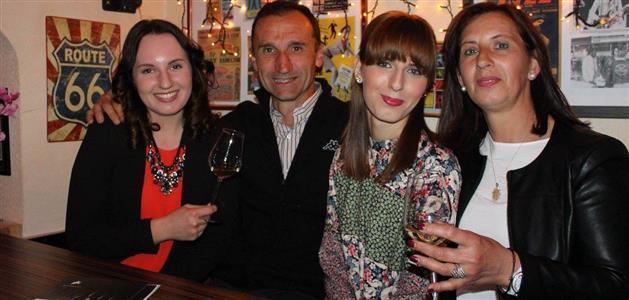 Obitelj Paliska-Antonela, Roberto, Roberta i Mirjana (foto Ana Rogač)