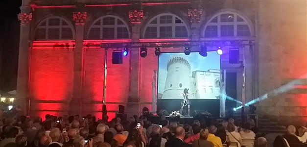 Ana Rucner-Dubrovnik-američki turisti