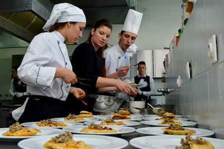 Iva Pehar-kuhari-učenici