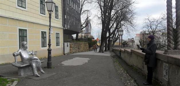 Mijene srca-Kata Mijatović i Matoš na klupi