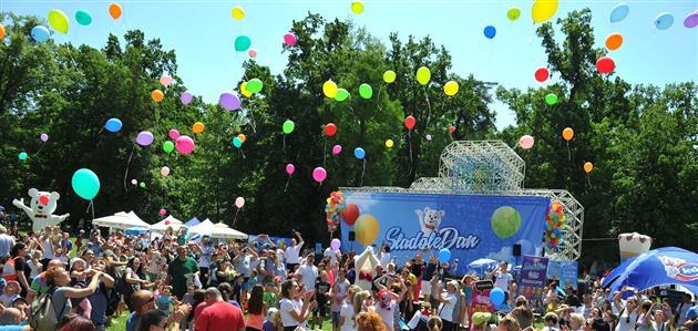 SladoleDan-puštanje balona