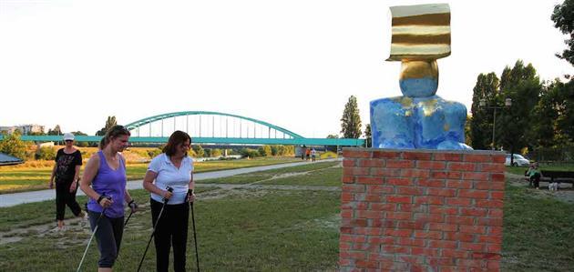 Zlatko Bourek-Međaš protiv uroka i poplave (skulptura)