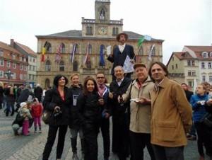 2-Novinari na trgu u Weimaru