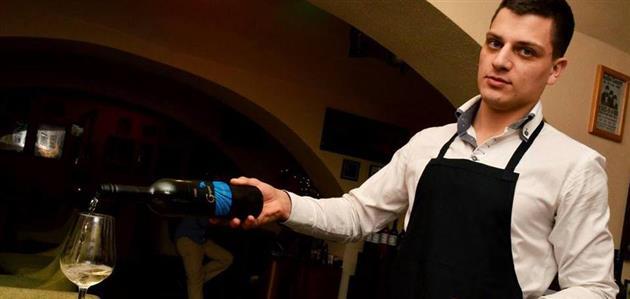 Luka Elezović-Red Red wine bar