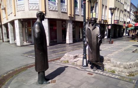 Pisac i slikar na Korzu: Meša Selimović i Ismet Mujezinović